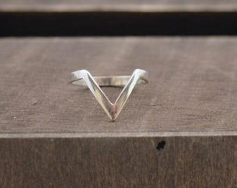 Chevron Silver Ring