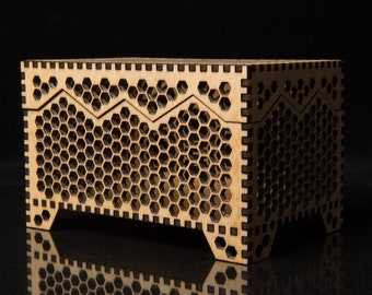 CUSTOM - Large Honeycomb box