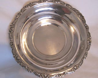Beloved Bowl with Scallop and Foliate Trim