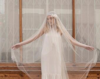 Espectacular Juliet Cap velo - velo de Novia de estilo bohemio - Champagne velo de la novia - capilla longitud, longitud de vals