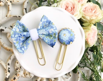 Dainty Planner Clip in Spring Blossom Blue Daisy