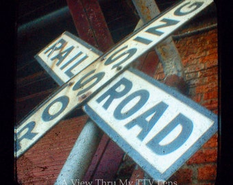 PHOTOGRAPHY DOWNLOAD - RR Crossing Sign - Ttv Photography