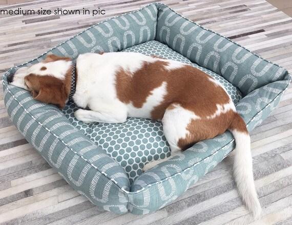 MEDIUM Lounger Dog Bed  - 'Winston' design in Pale Green waterbury print