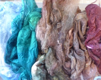 Hope Jacare - Just gorgeous approx 25g hand dyed silk hankies SH68