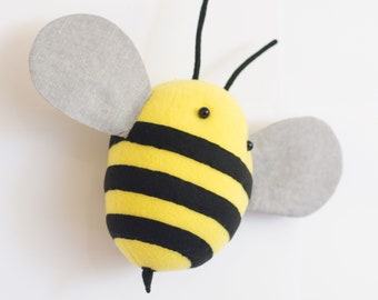 Bee Faux taxidermy, insect faux taxidermy