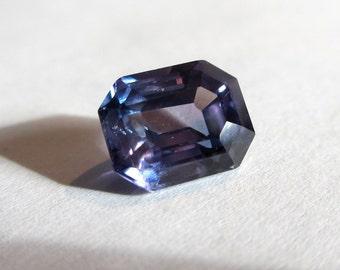 Colour Change natural laveder blue sapphire emerald cut 3.38 cts