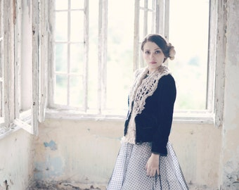 womens shawl  - womens gift - scarflette - lace shawl - knit shawl - neck warmer - hand knit shawl - fashion gift