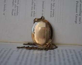 Vintage Gold Filled Locket - 1950s Mid Century Gold Filled Locket, Free Shipping