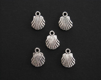 Shell Charms, Antique Silver, Small 1.2cm X 0.9cm, Set of 5  (C193)