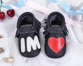 personalise baby shoes,baby pram shoes,handmade baby shoes,baby shoe stores,buy baby shoes,baby shoes for walking,baby shoes wholesale