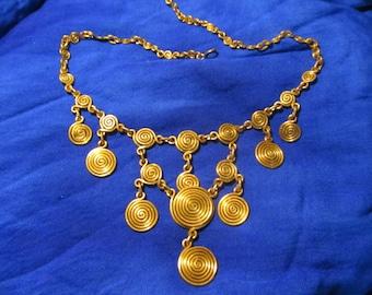 Necklace style pompeano