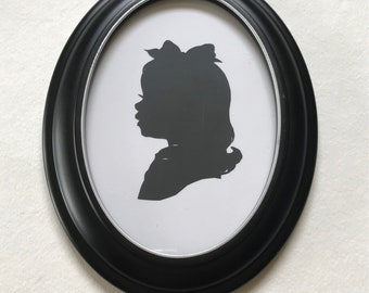 """Black Oval Picture Frame with Hand Painted SlLVER Leaf Lip, 5x7"""" Real Wood"""