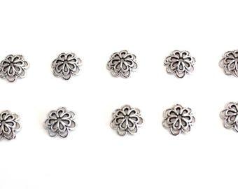 Lot de 10 coupelles fleurs 14 mm en métal argenté