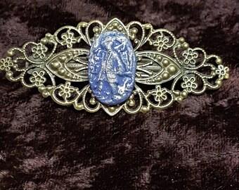 Barrette character, ultramarine blue and gold, cold porcelain