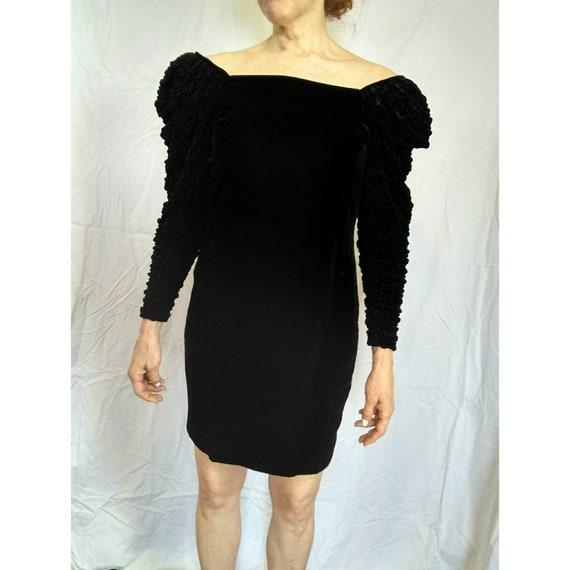 Black Dior 2 velvet off the shoulder cocktail dress ruffle puffy sleeve
