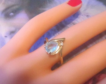 Vintage Blue Rhinestone Ring - Size 6 - R-014 - Blue Jewelry - Blue Ring