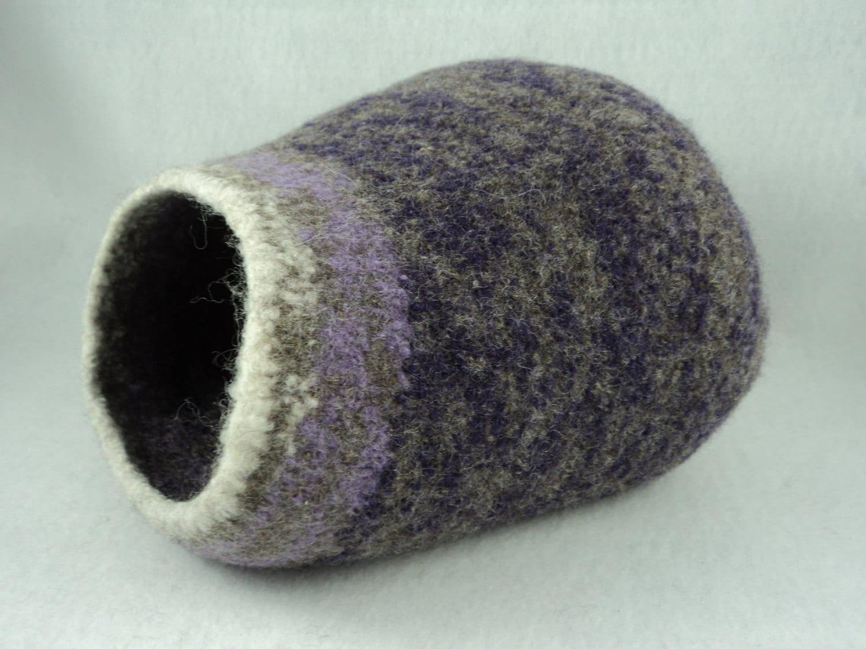 PDF Kitty Pod * Cat Cave Felted Wool Knitting Pattern