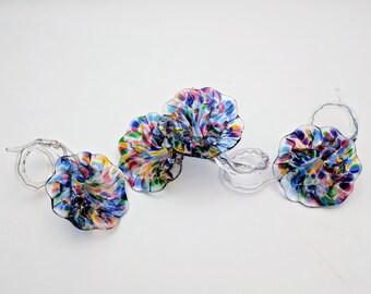 Hand Blown Glass Napkin Rings Flower Shape Spiral Stem Multicolor Speckled Flower Clear Spiral Stem Art Glass Napkin Rings (4)