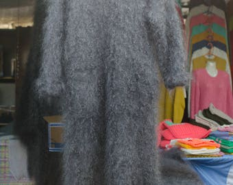 Knitted coat made of natural goat's down