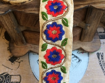 Embroidery Cotton lace on satin silk Royal Blue & red Daisy 3.5 cm