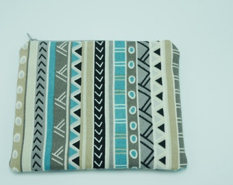 Multi-print zipper pouches