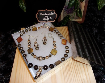 Coconut Jewelry Set, Women's Jewelry Set, Gift Set, Handmade, Beaded Necklace, Bracelet and Earrings, Tigers Eye, Mother of Pearl, Brown