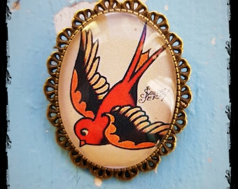 Brooch Oldschool Tattoo Swallow