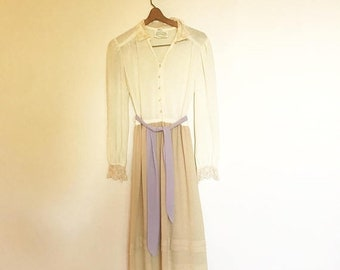SHOP SALE Vintage 70s Ivory Sheer Secretary Midi Longeeve Dress with Lace Collar S/M