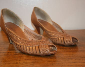 Size 7.5,Boho Leather Heels,leather heel shoes,boho heels,boho shoes,size 7.5,womens leather shoes,hippie heels,southwestern heels,heels