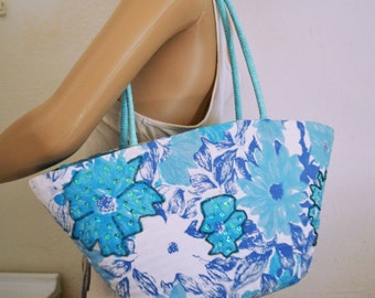 Woven Wicker Purse ,Blue ,White, Floral Bag,wicker,cotton,summer purse