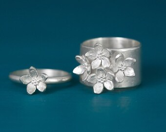 Sterling silver mother daughter flower ring set