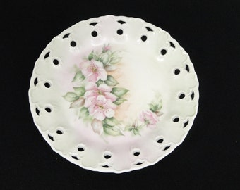Vintage Handpainted Reticulated Plate Dogwood Design Decor Floral
