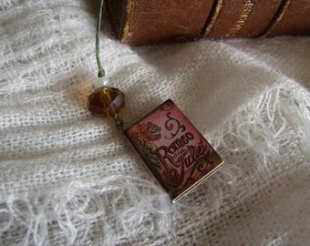 Romeo and Juliet Book Thong Bookmark