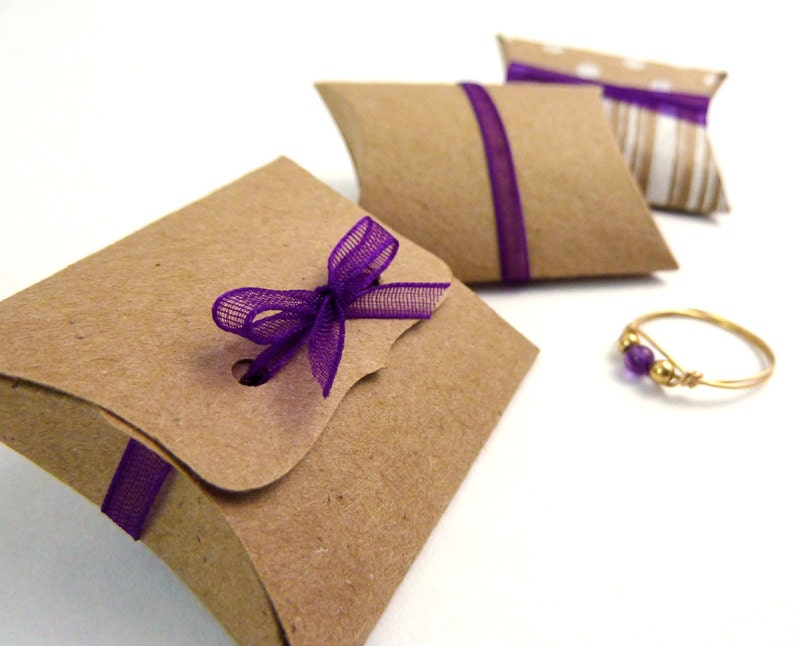 linen pillow favor boxes
