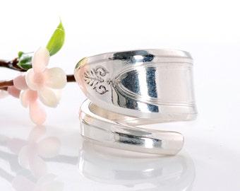 Vintage Spoon Ring - Adam Silverware Spoon Ring - Spoon Ring Jewelry - Silverware Spoon Ring - Spoon Ring - Silverware Jewelry  (mcf  R546)