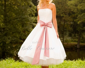 Custom Made & Handmade - 50s Tea-Lenght Wedding Dress with satin belt item: Cécile