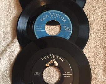 RCA Victor 45 record lot Eddie Fisher Wedding Bells/ A Man Chases a Girl/ Sorry/Just Say I Love Her/ Forgive Me/ Thats The Chance You Take