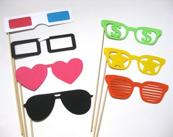 Fun Photo Booth Props - The Retro Collection - 7 piece set - Birthdays, Weddings, Parties - Photobooth Props