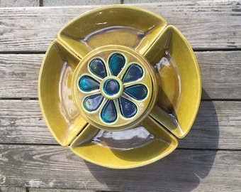 Vintage Mid Century California Pottery 695 Chip and Dip Serving Set, Mid Century Lazy Susan