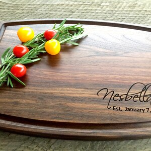 Custom Cutting Board, Personalized Cutting Board, Engraved Cutting Board, Wedding Gift, Engagement Gift, Anniversary Gift, Walnut, Maple