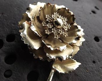 Gold Metal Flower Brooch