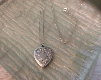 """Vintage Sterling Silver Engraved Heart Locket with 18"""" Chain"""