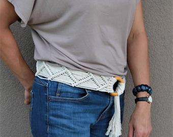 Macrame belt, woven belt, hippie belt, ethnic belt, belly dancing belt, gypsy belt, retro belt, vintage belt, festival belt, tribal