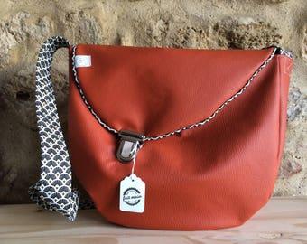 Faux leather shoulder Messenger bag brick