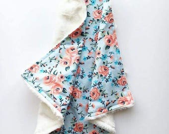 Baby security blanket, Baby lovey, Mini Blanket, Minky blanket, Coral and blue floral
