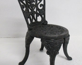 Vintage Black cast iron doll chair chair used good condition