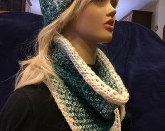 Teal Green Spearmint Ombre' Bandanna Cowl scarf - Slip On - Acrylic yarn - made by me