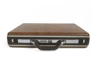 "Sleek Vintage Samsonite Accord Attache Case, Briefcase ""Modern and Sophisticated"""