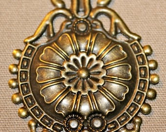 Flower Medallion Metal Embellishment/Pendant