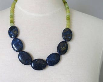 Necklace lapiz and green jade mid length statement